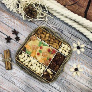 Наборы орехов и сухофруктов